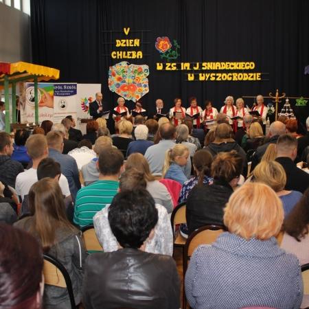 """V edycja """"Dnia Chleba"""" w ZS w Wyszogrodzie"""